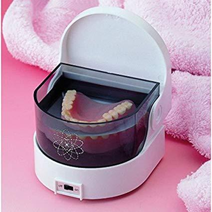 Pourquoi nettoyer un dentier avec un nettoyeur ultrason ?